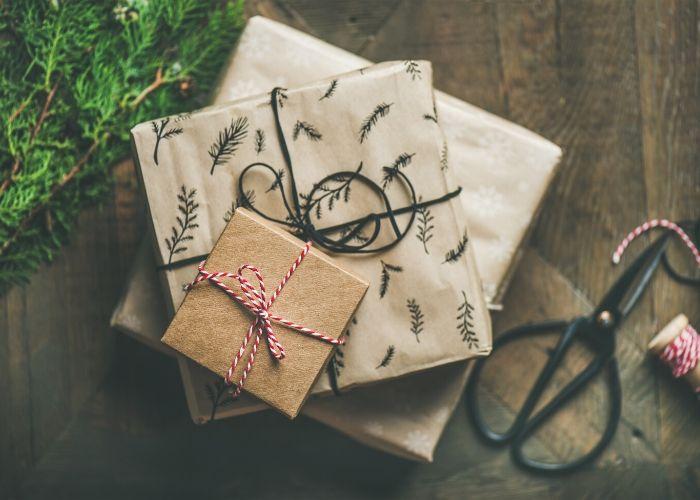 Nachhaltige Geschenkeverpackung ohne Plastik