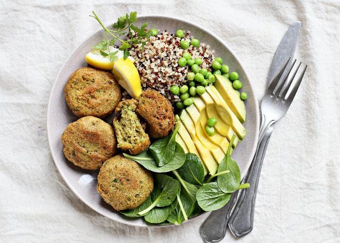 Gesunde Ernährung hilft bei Cellulite
