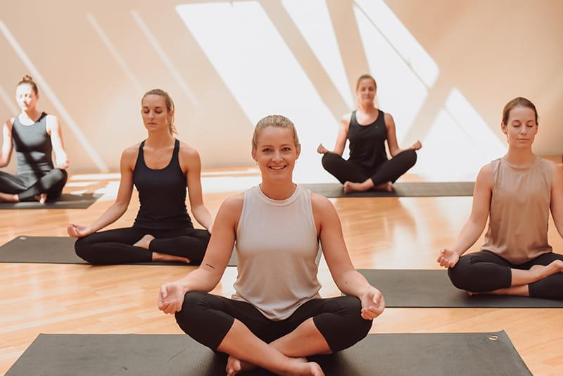 Yoga im Rückgrat - in der Ruhe liegt die Kraft
