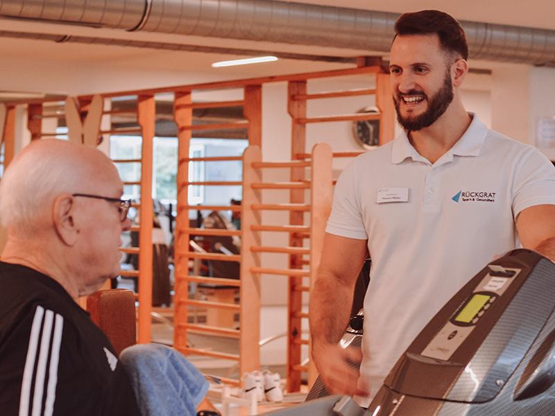 Fitnessstudio Lörrach Training im Milon Zirkel