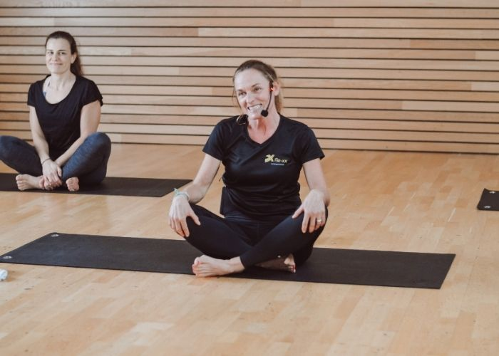 Pilates Onlinekurse mit Trainerin Waldi aus dem Rückgrat Freiburg