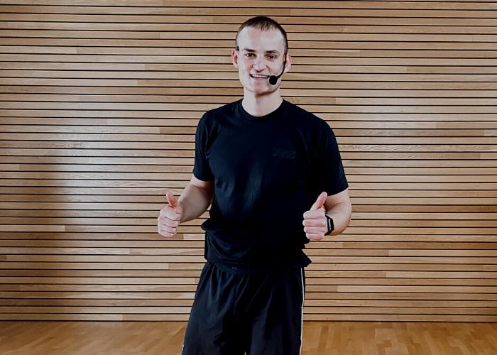Home Workout mit Trainer Jakob aus dem Rückgrat